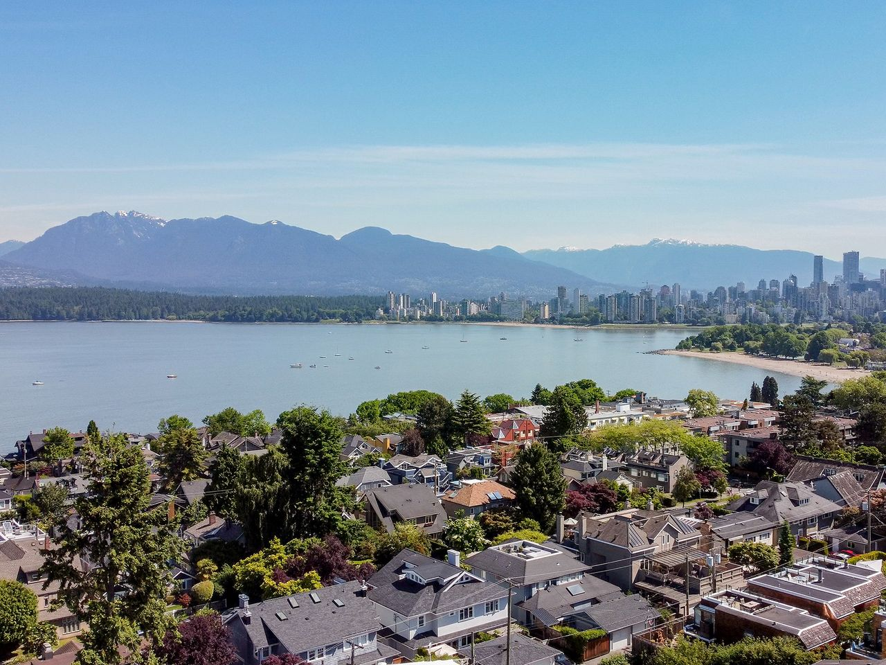 55 at 2615 West 2nd Avenue, Kitsilano, Vancouver West