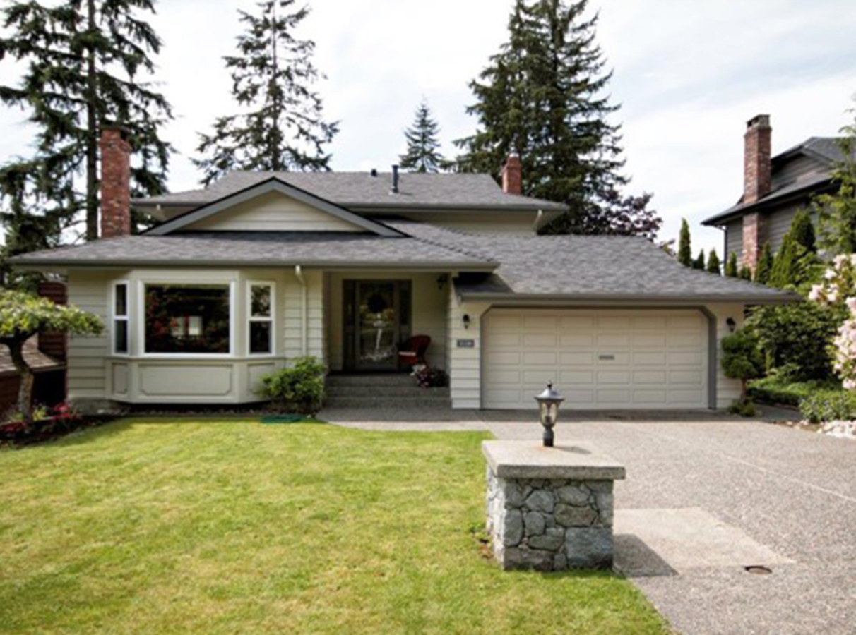 21291 at 2129 Hill Drive, Blueridge NV, North Vancouver