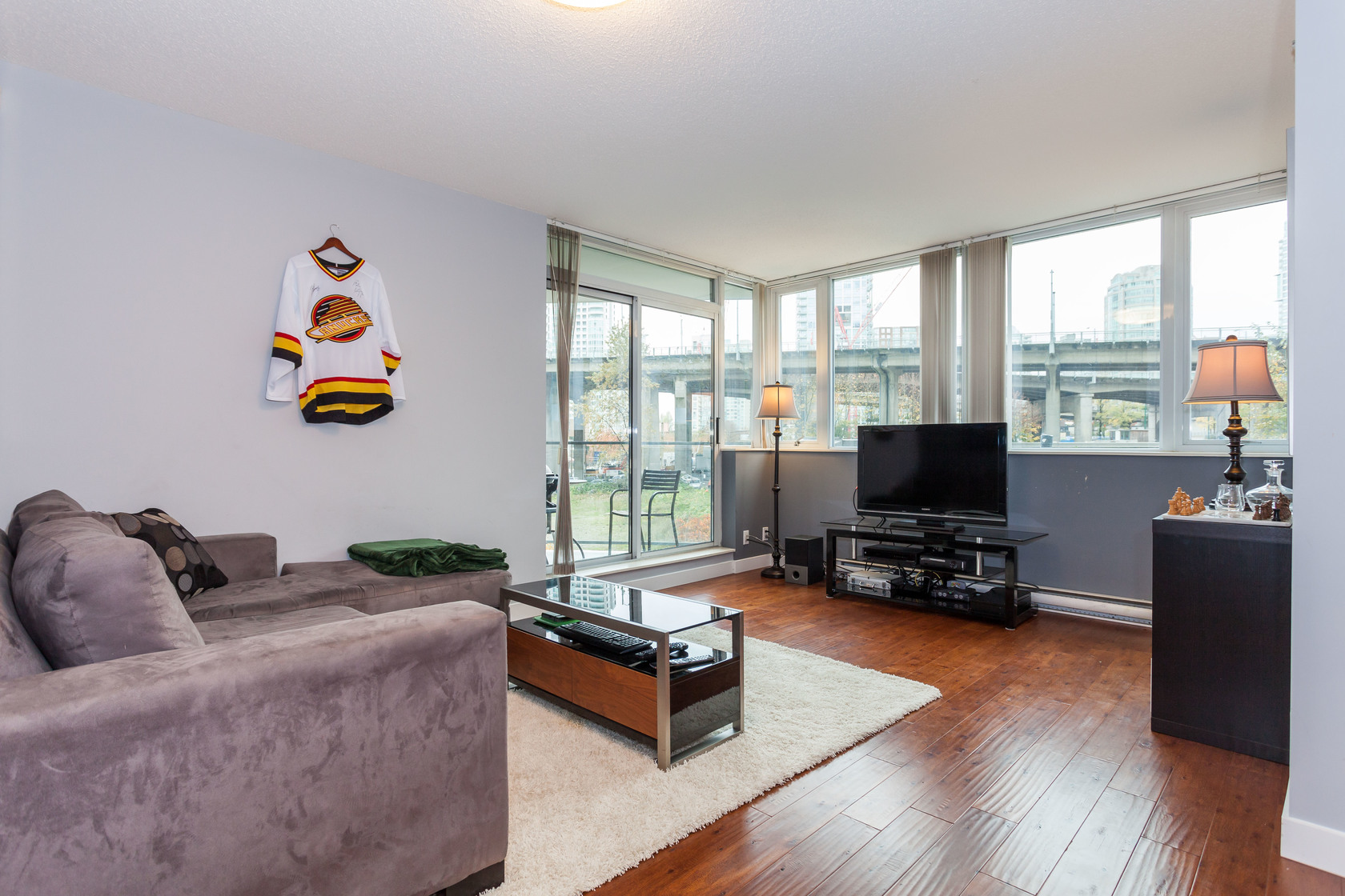 HIGH-16 at 301 - 583 Beach Crescent, Yaletown, Vancouver West