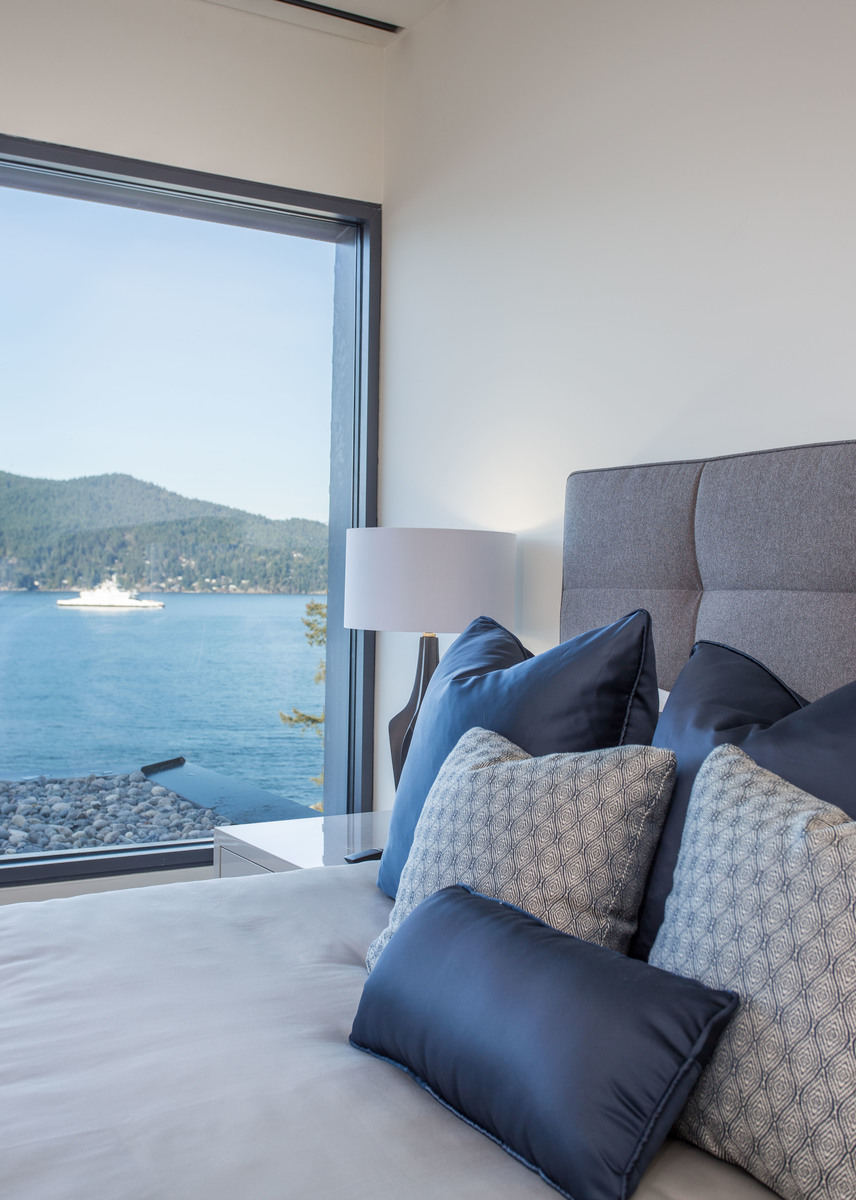 HIGH-31-1 at 7270 Arbutus Road, Waterfront (Whytecliff), West Vancouver
