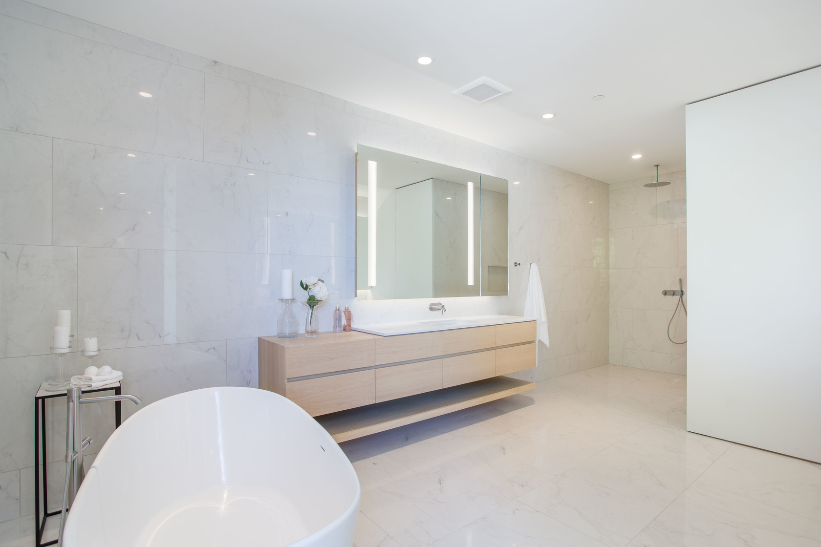 HIGH-35-1 at 7270 Arbutus Road, Waterfront (Whytecliff), West Vancouver