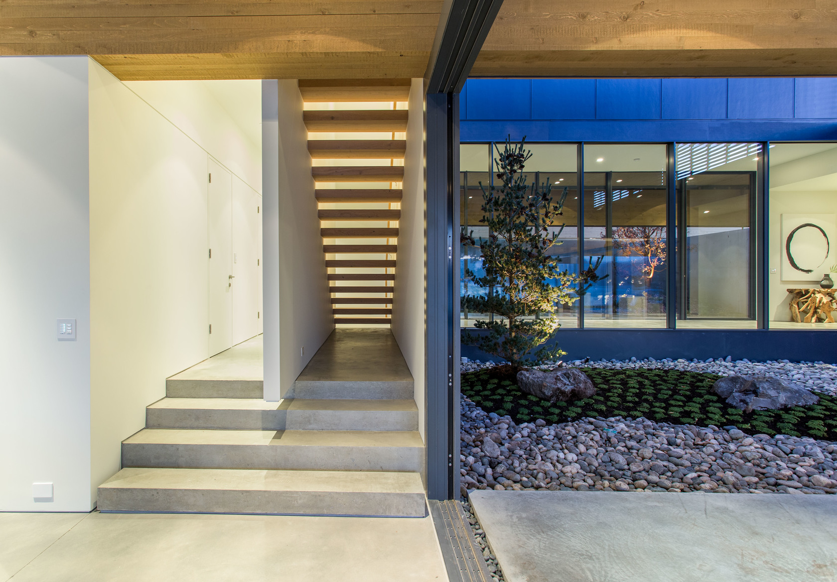 high-17 at 7270 Arbutus Road, Waterfront (Whytecliff), West Vancouver
