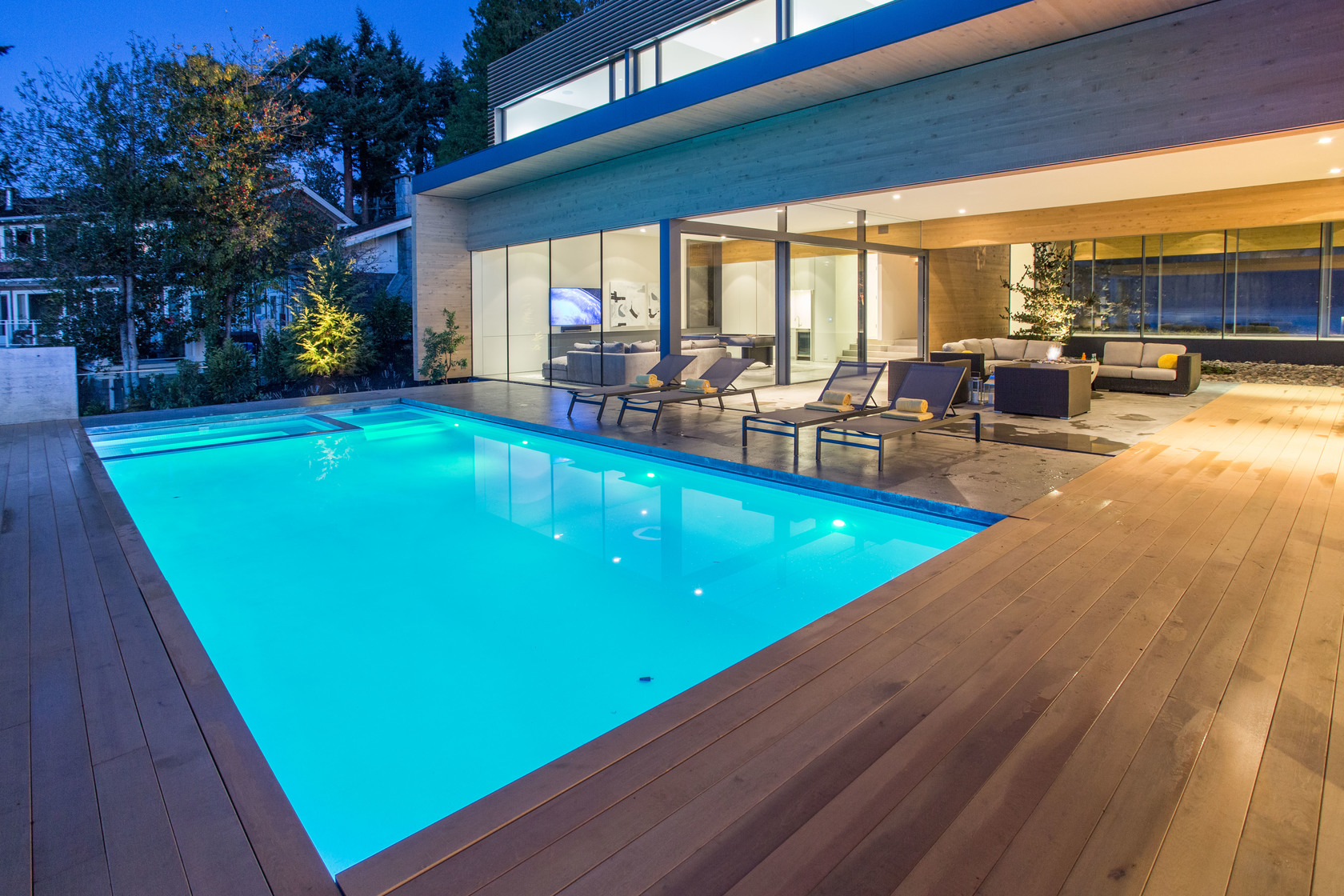 high-42 at 7270 Arbutus Road, Waterfront (Whytecliff), West Vancouver