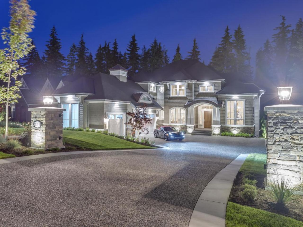 1054 Magnolia Way, Anmore, Port Moody