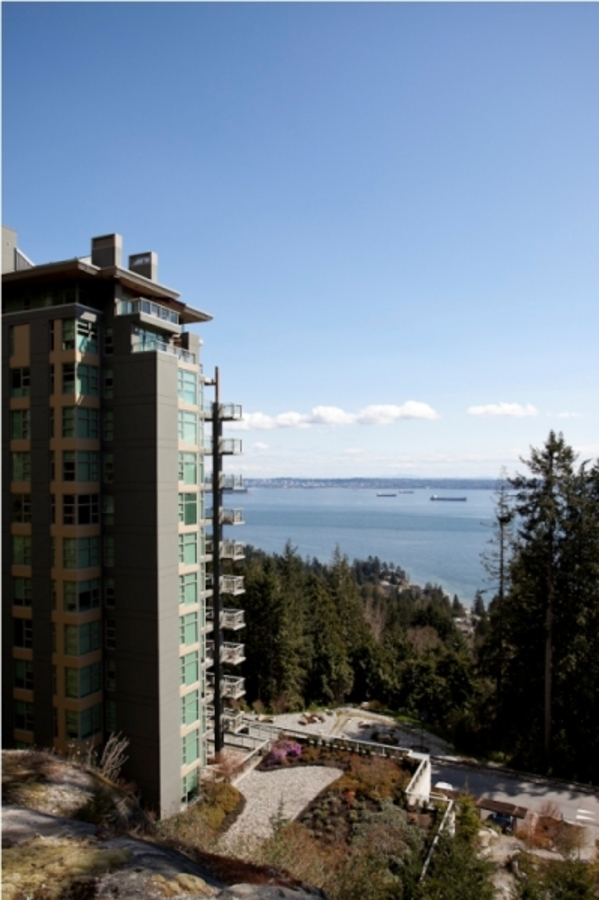 3315 Cypress Pl-3 at 501 - 3315 Cypress Place, West Vancouver