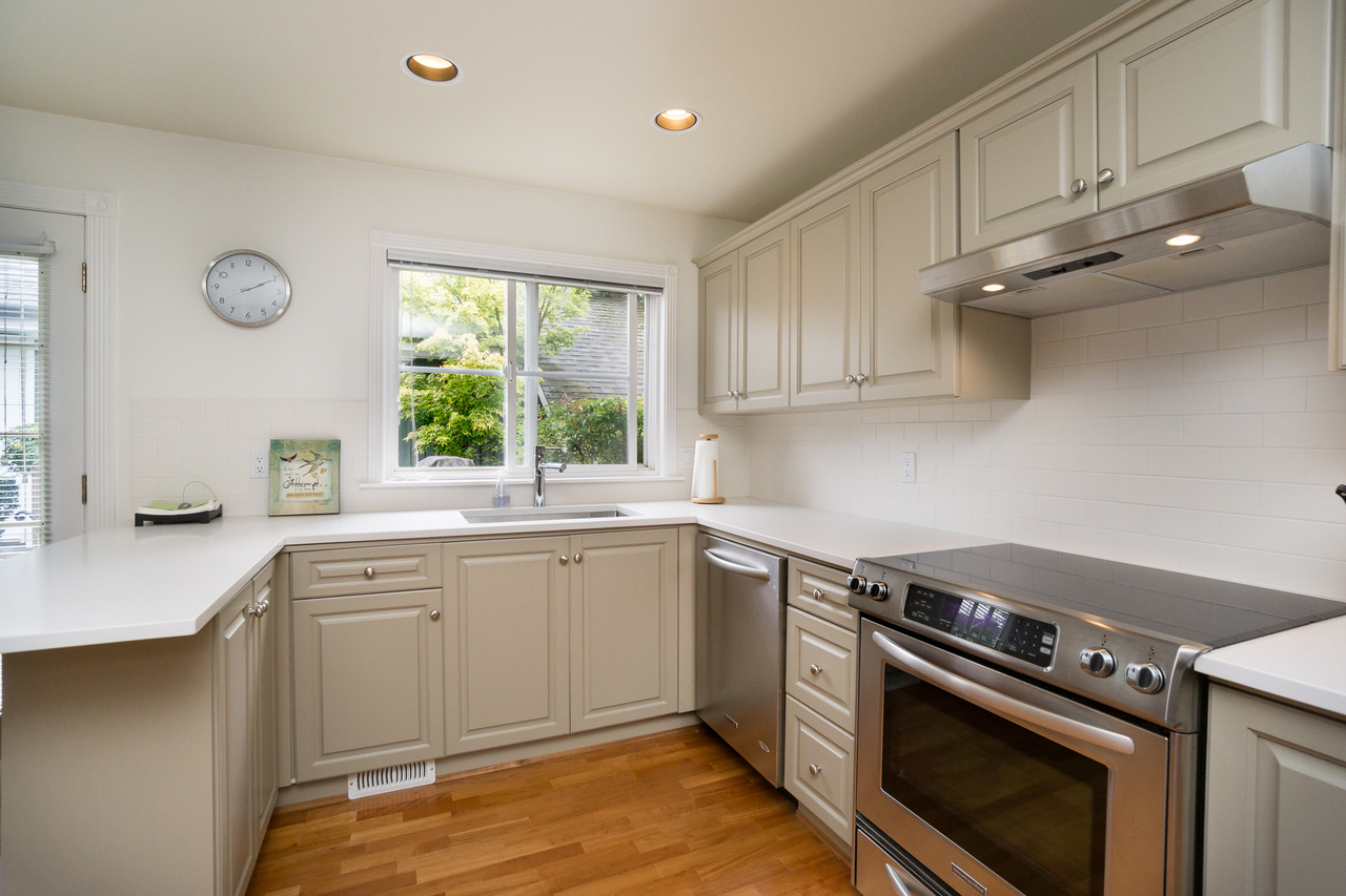 8 at 1645 St Andrews Avenue, Central Lonsdale, North Vancouver