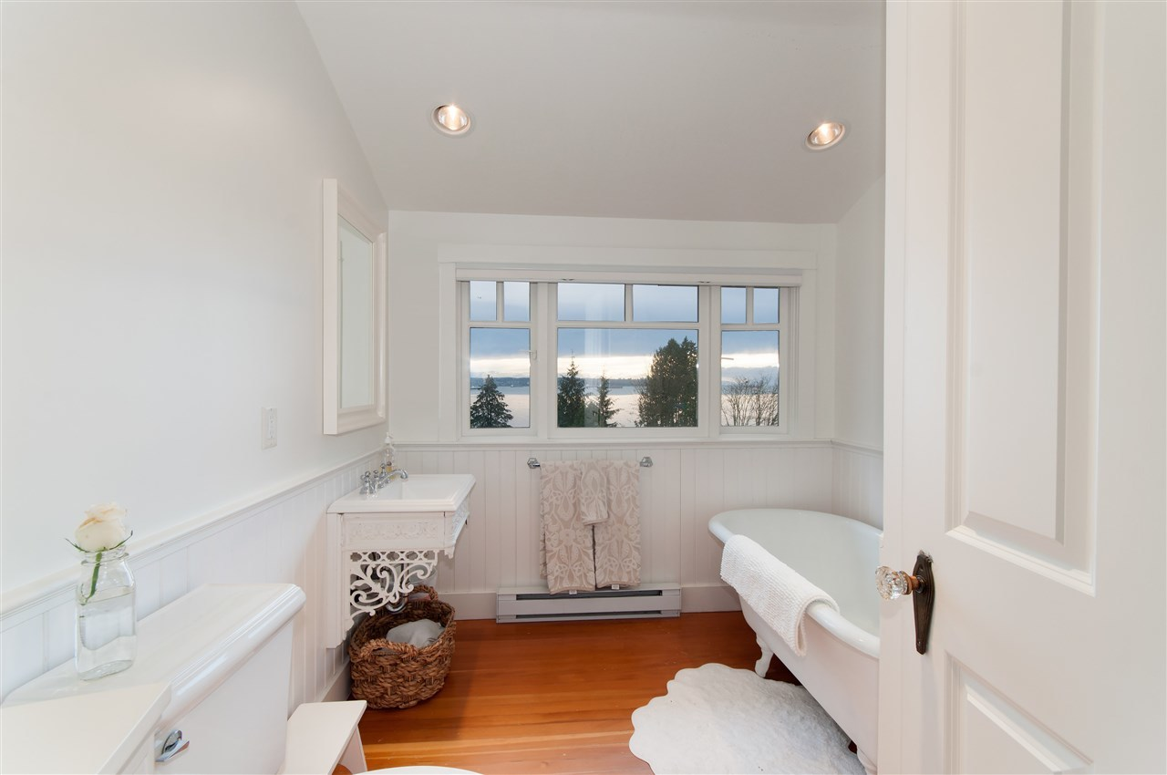 14.jpg at 2652 Haywood Avenue, Dundarave, West Vancouver