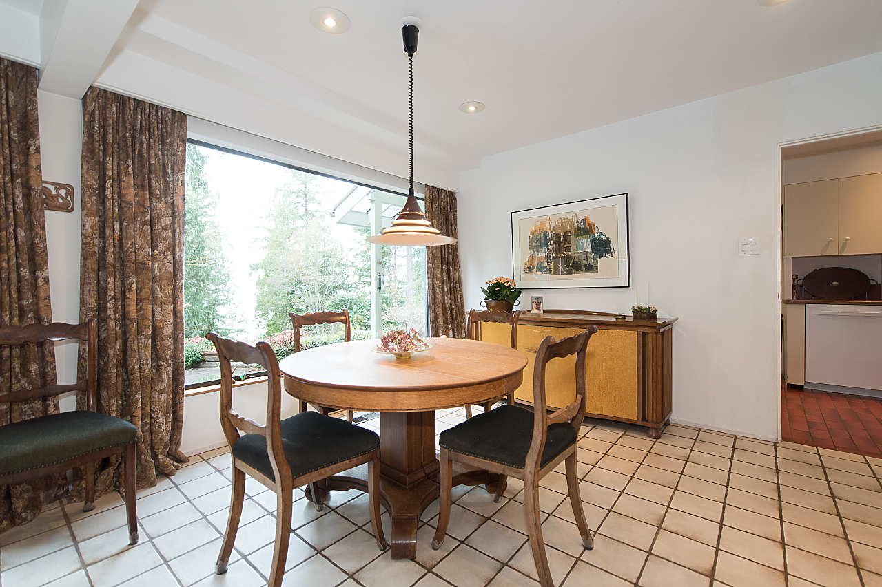 dining-room at 5019 Howe Sound Lane, Caulfeild, West Vancouver
