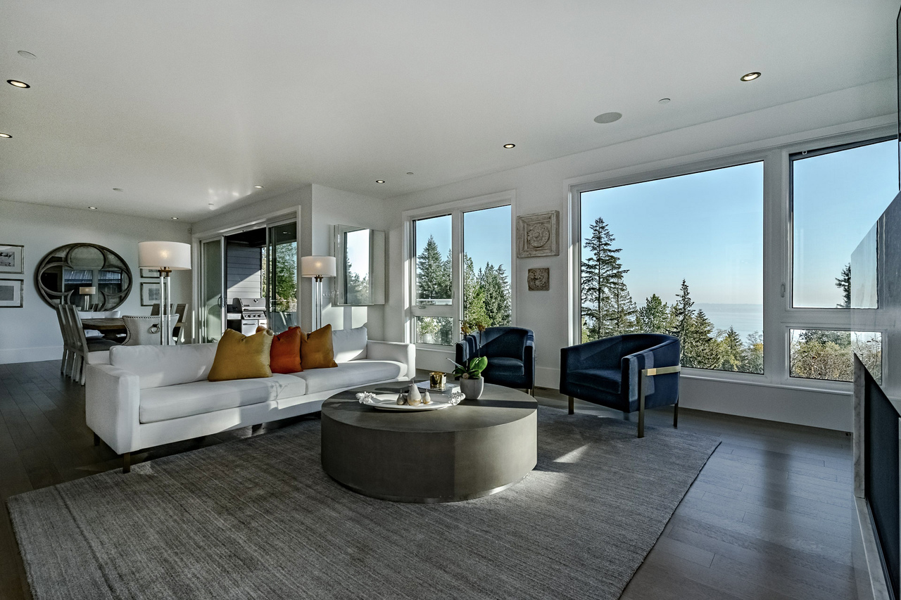 6 at 3818 Burfield Place, West Vancouver