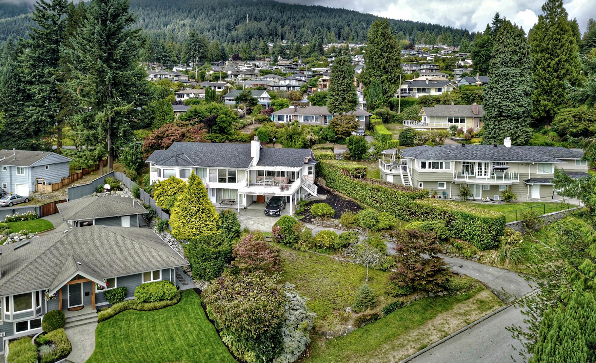 195 Sandringham Crescent, Upper Lonsdale, North Vancouver