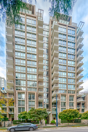 Exterior at 1001 - 1055 Richards Street, Yaletown, Vancouver West