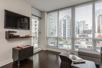 Living Room at 1001 - 1055 Richards Street, Yaletown, Vancouver West