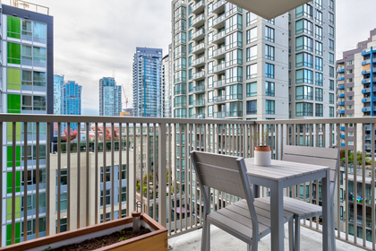 Balcony at 1001 - 1055 Richards Street, Yaletown, Vancouver West