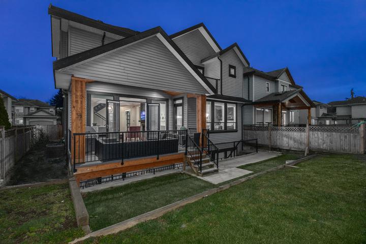 20-spacious-backyard at 5911 168a Street, Cloverdale BC, Cloverdale