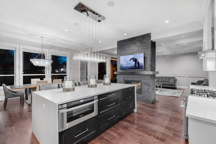 3-kitchen-with-fireplace at 5911 168a Street, Cloverdale BC, Cloverdale