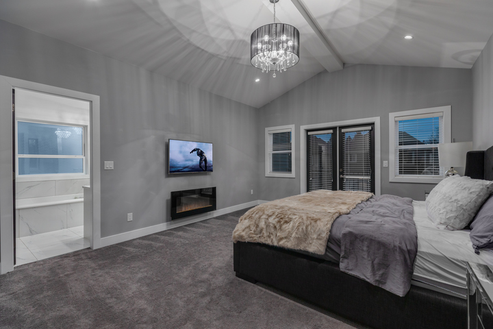 8-upper-level-master-bedroom-with-terrace at 5911 168a Street, Cloverdale BC, Cloverdale