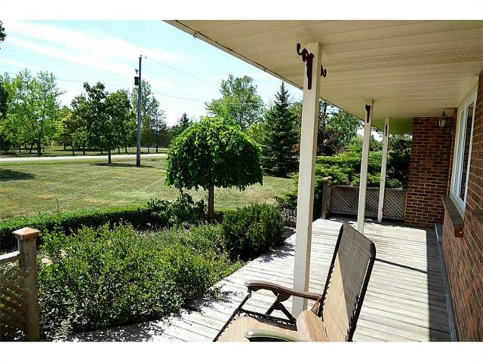 Front porch at 7221 -  Range 1 Road , West Lincoln
