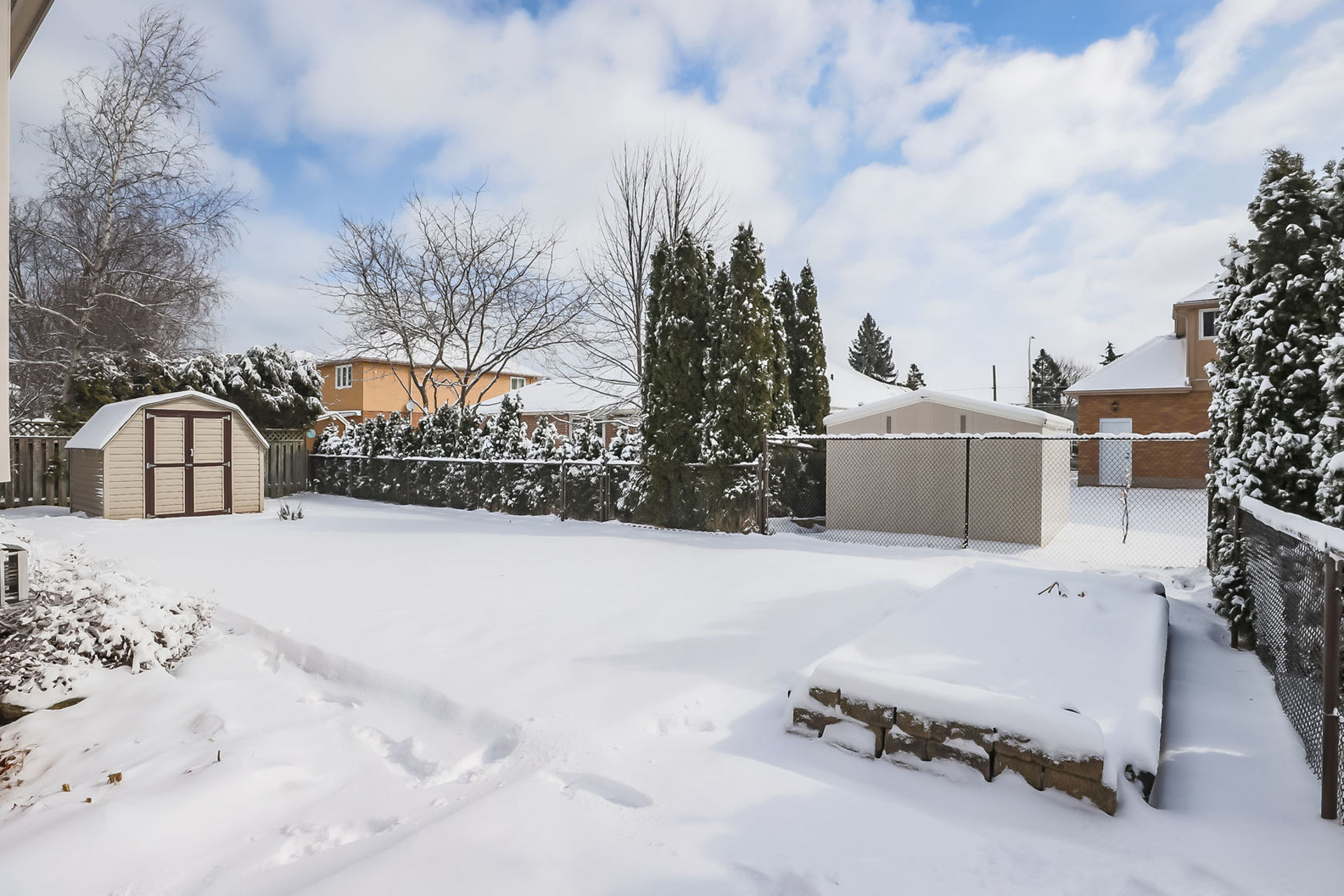 virtual-tour-292122-52 at 47 Colonial Cresent, Grimsby
