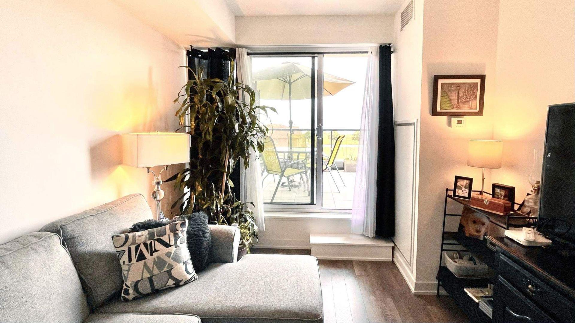 livingroom1 at # 215 - 550 North Service Road, Grimsby