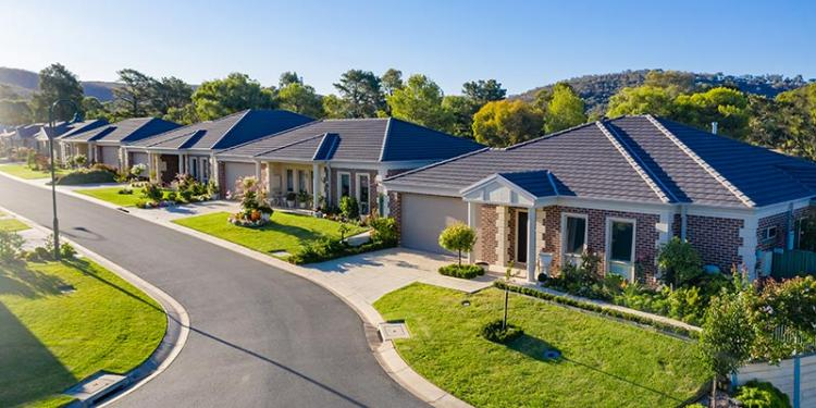 Top 4 reasons for purchasing a land-lease home