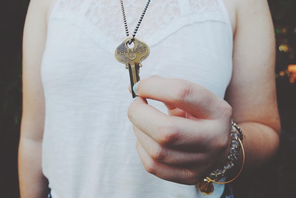 IS THE FUTURE OF CANADIAN HOMEOWNERSHIP FEMALE?