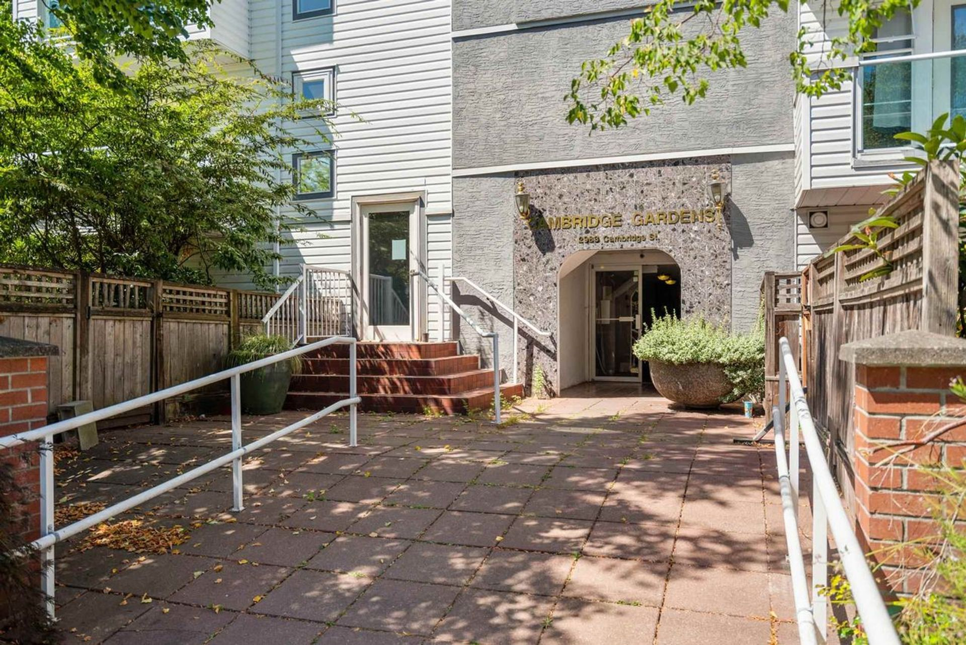 101 - 2983 Cambridge Street, Glenwood PQ, Port Coquitlam