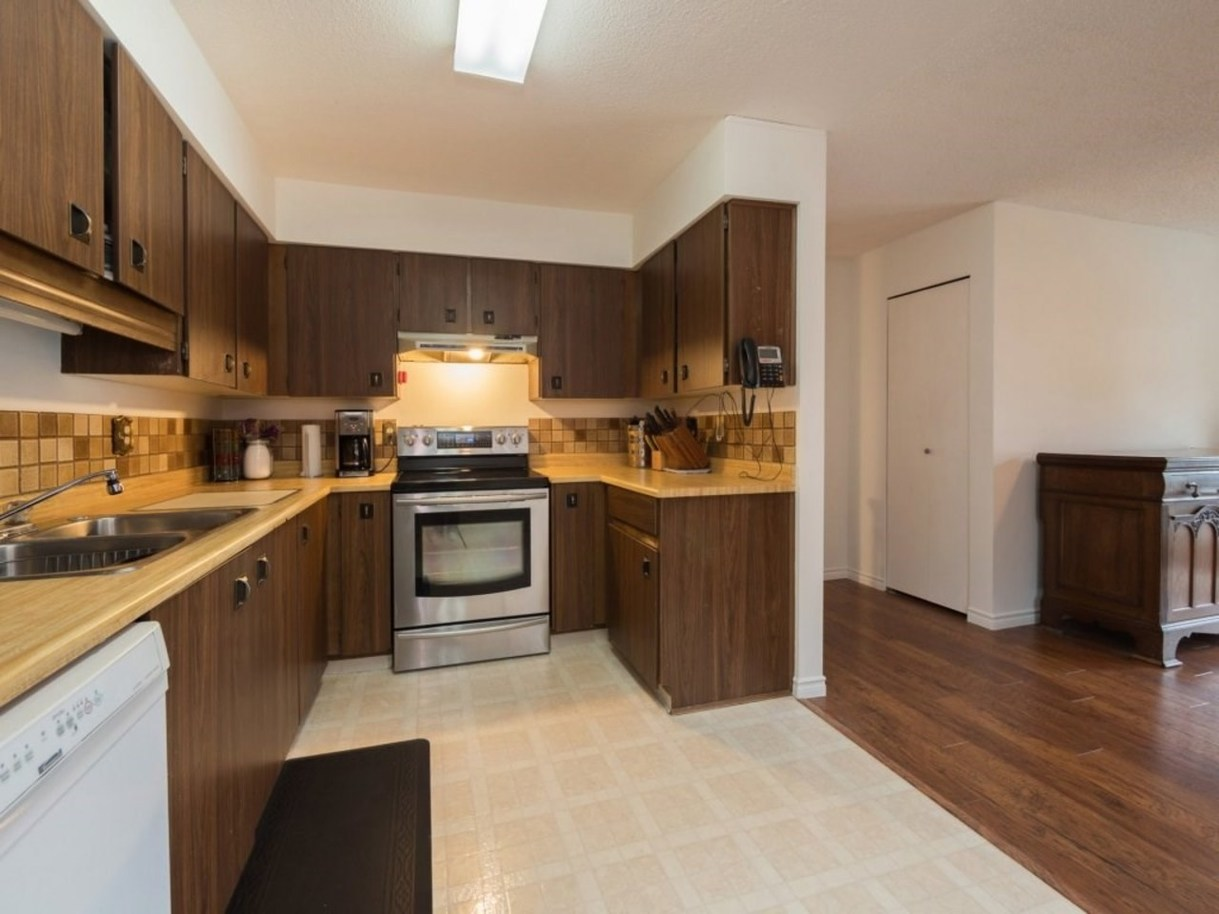 3238-savary-avenue-new-horizons-coquitlam-08 at 3238 Savary Avenue, New Horizons, Coquitlam