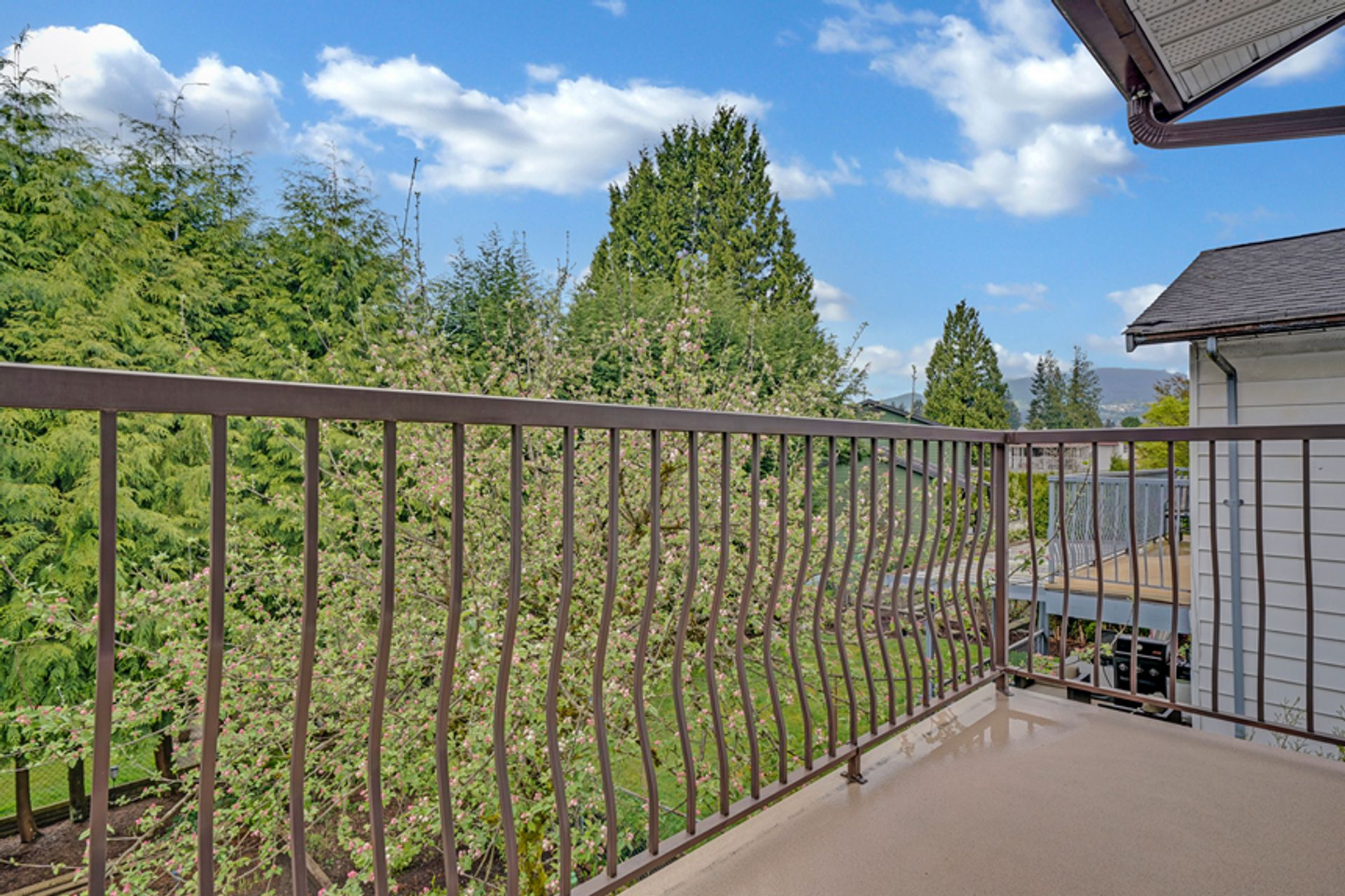 3d-above-deck-off-master-22 at 836 Irvine Street, Meadow Brook, Coquitlam