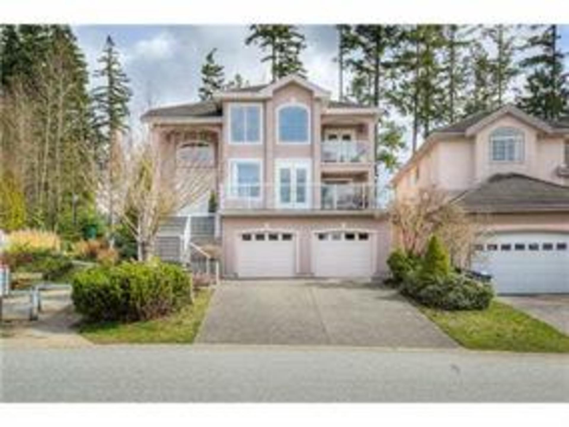 260885117 at 20 Hett, Heritage Mountain, Port Moody