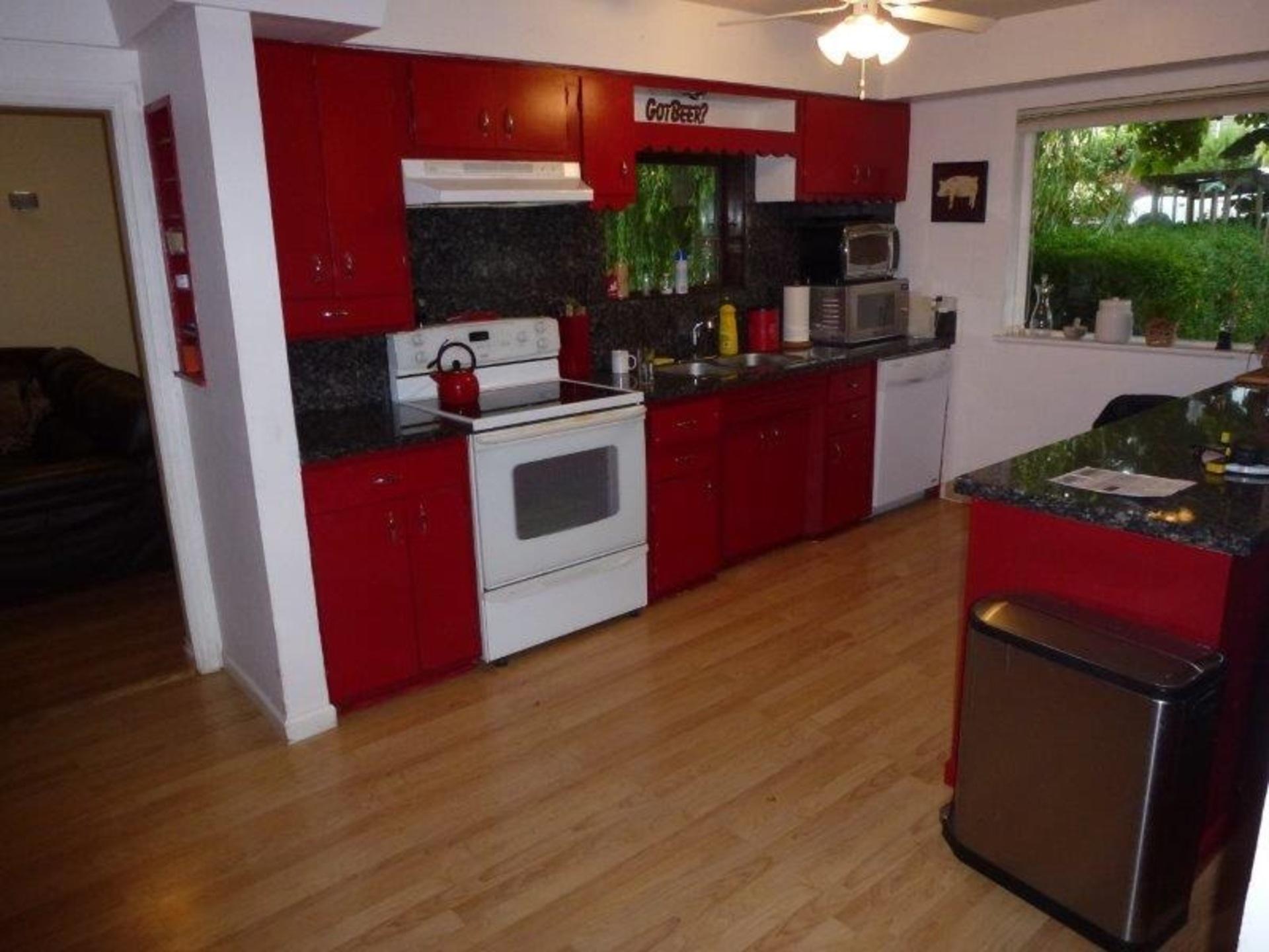 image-262109716-11.jpg at 1220 Thomas Avenue, Maillardville, Coquitlam