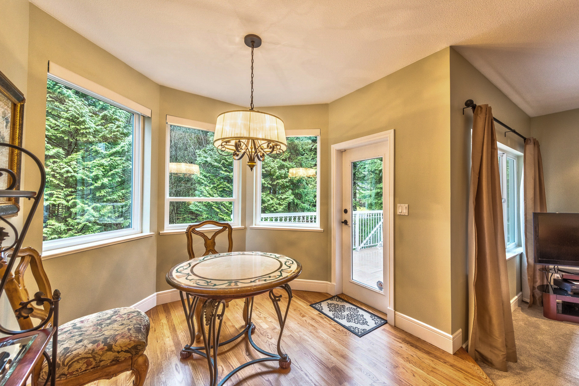 main-eating-area at 131 Fern Drive, Anmore, Port Moody
