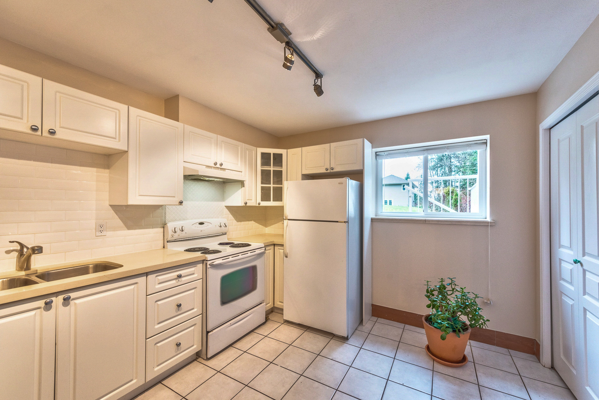 suite-2 at 131 Fern Drive, Anmore, Port Moody
