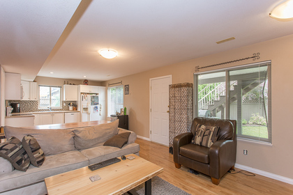 33917_41 at 23915 121 Avenue, East Central, Maple Ridge
