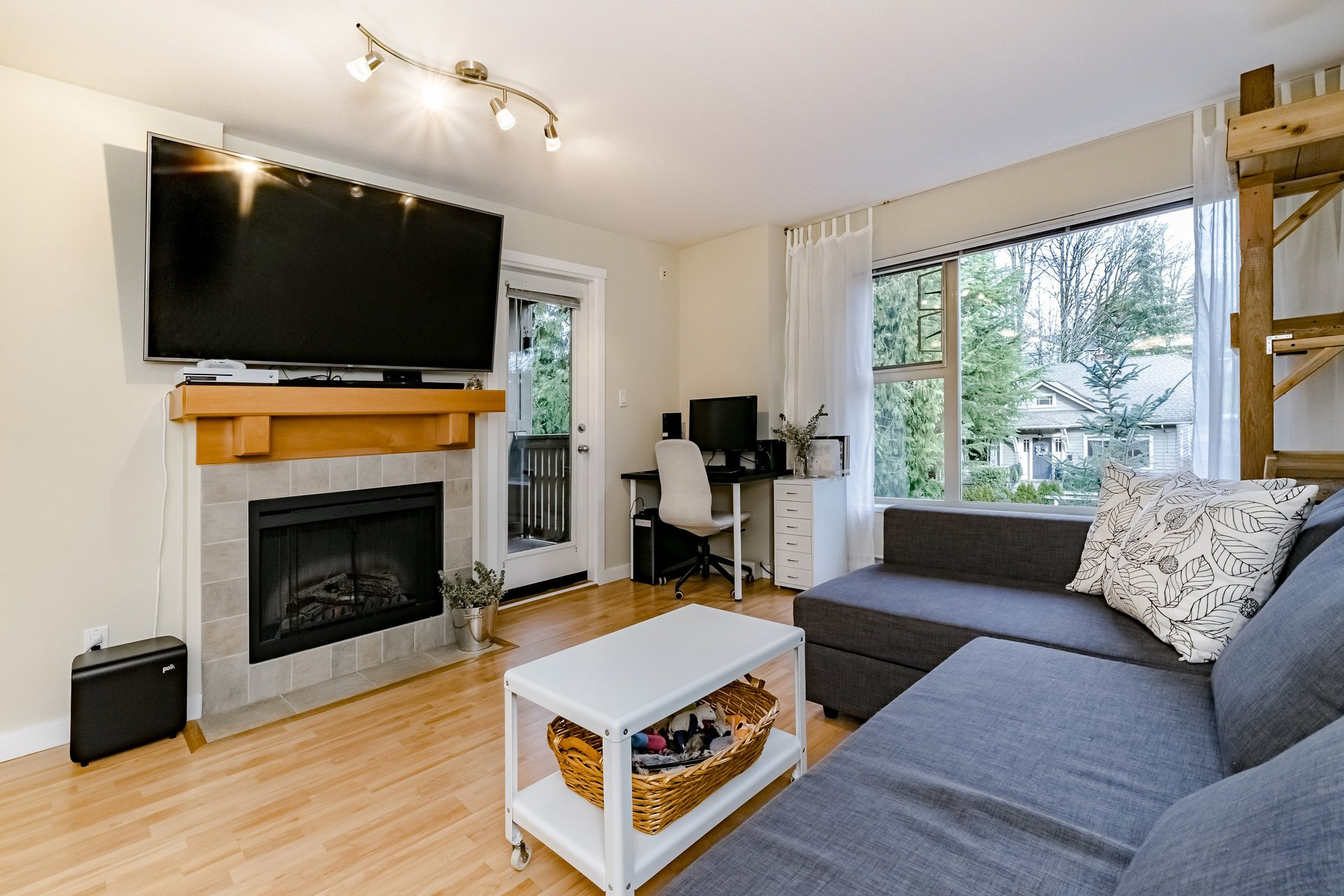 37950_6 at 317 - 808 Place Sangster, The Heights, New Westminster