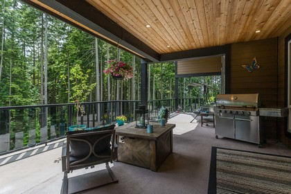 BBQ Natural Gas at 1408 Crystal Creek Drive, Anmore, Port Moody