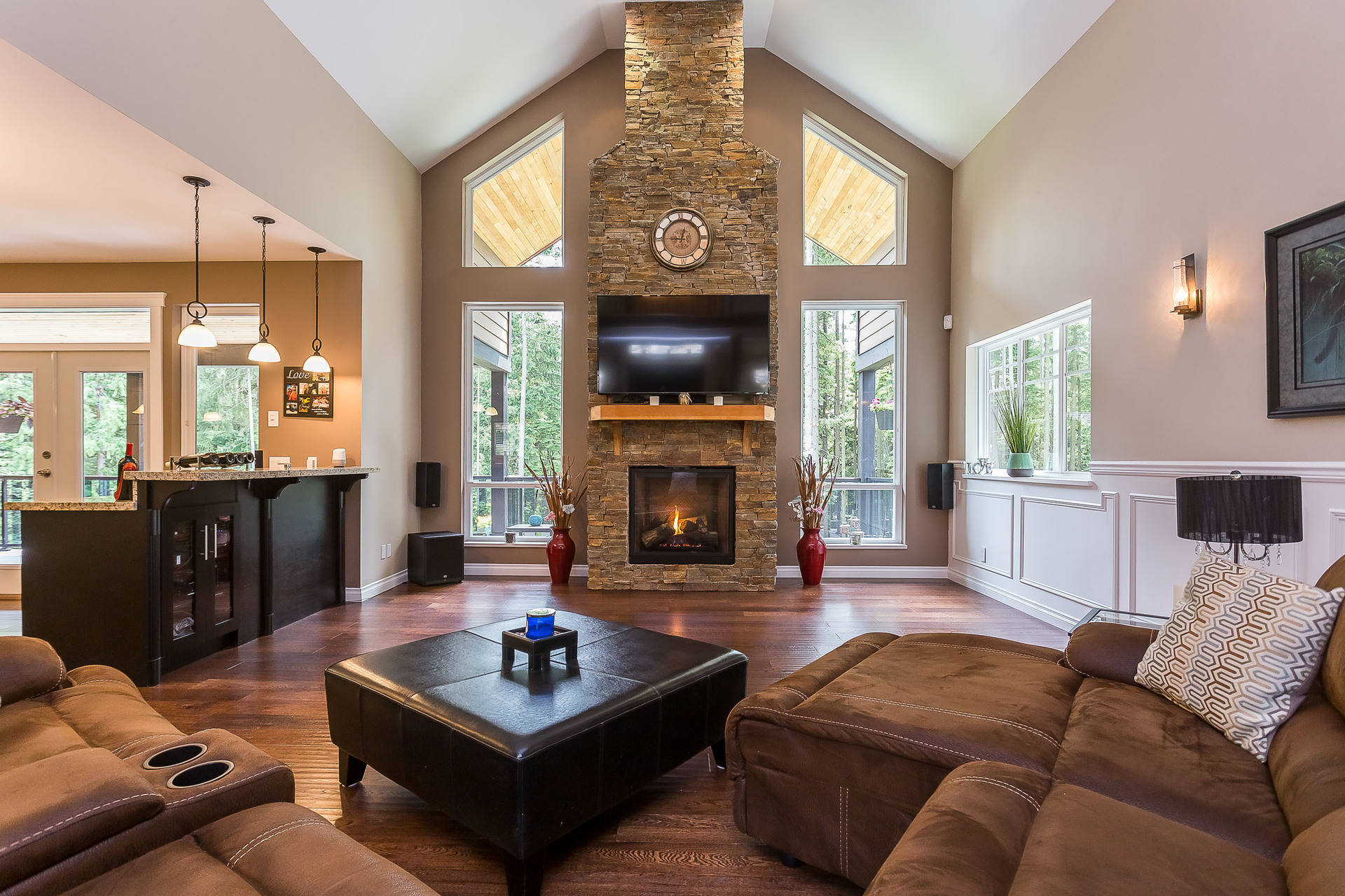 Vaulted Ceiling at 1408 Crystal Creek Drive, Anmore, Port Moody