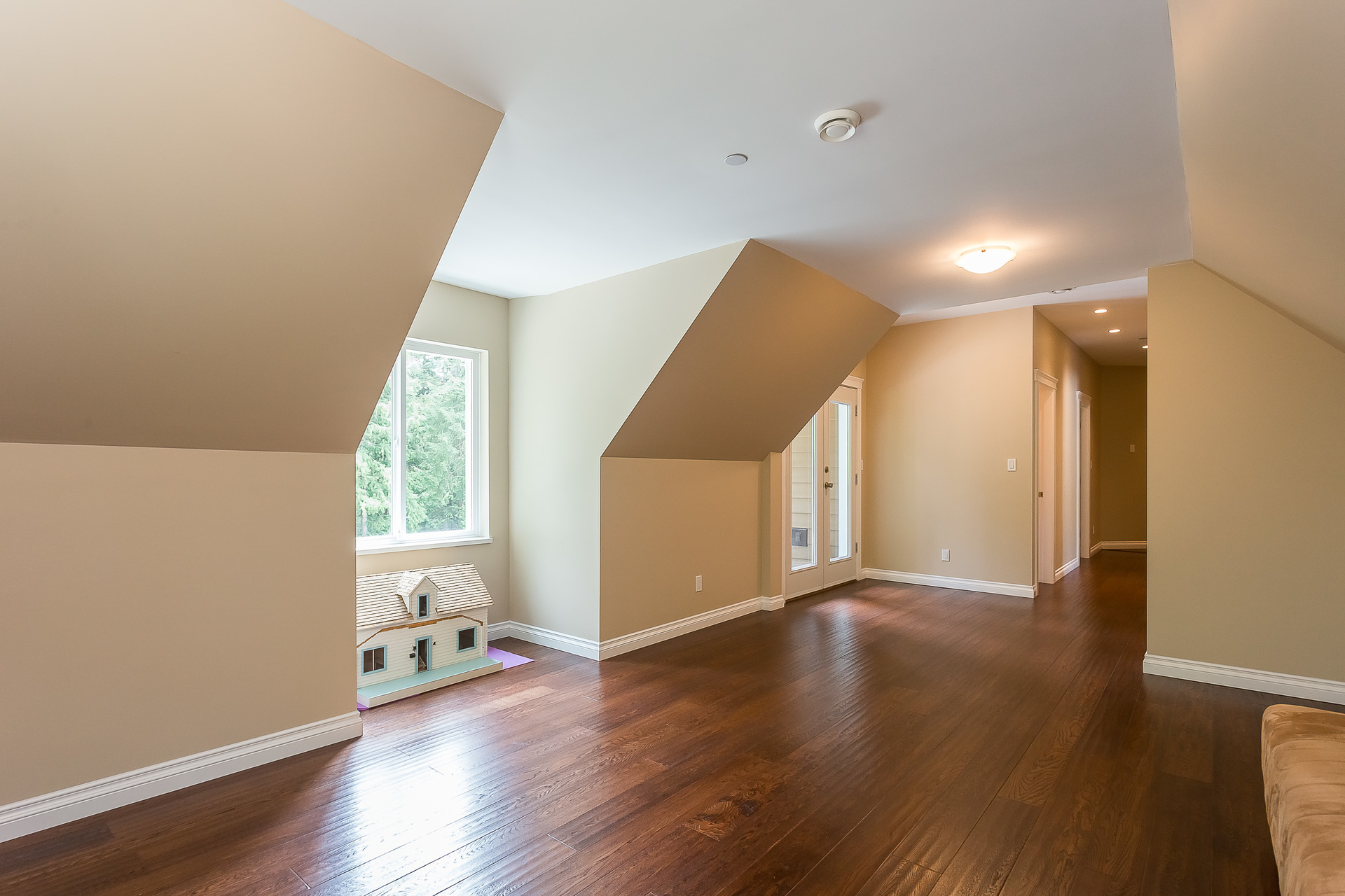 Recreation or Nanny Suite Upper Floor at 1408 Crystal Creek Drive, Anmore, Port Moody