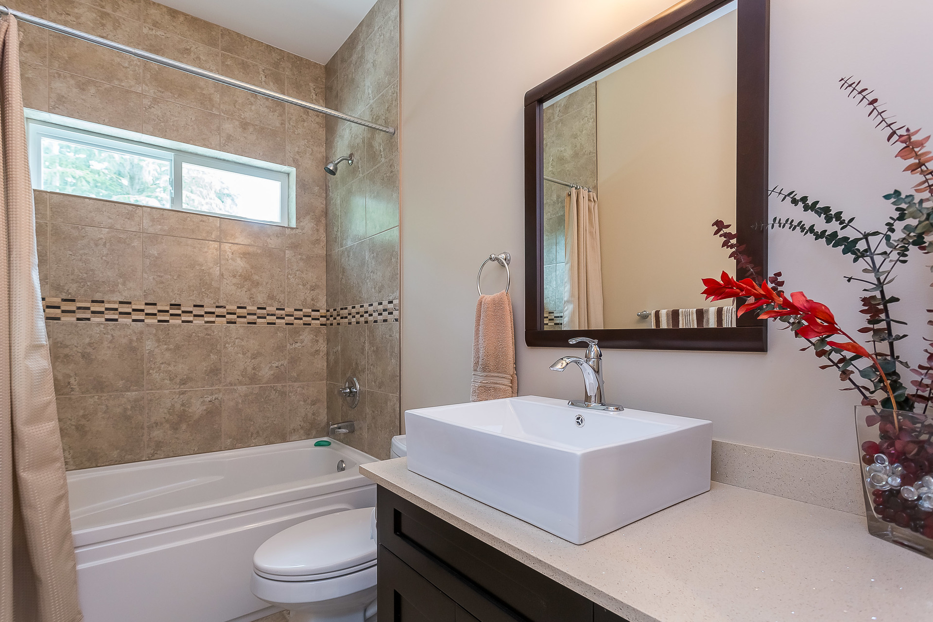 Upper Bath at 1408 Crystal Creek Drive, Anmore, Port Moody