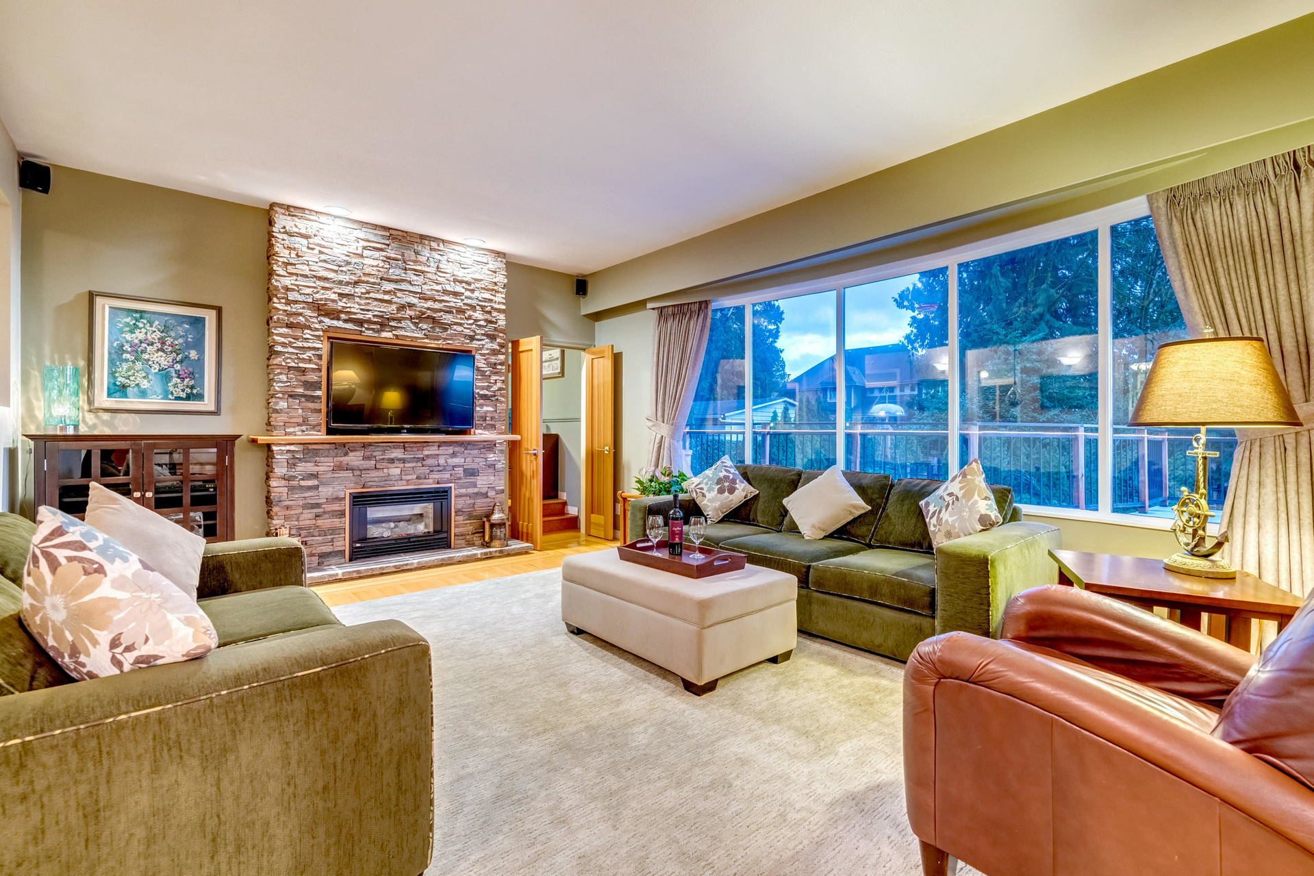 living-room at 630 Sydney Avenue, Coquitlam West, Coquitlam
