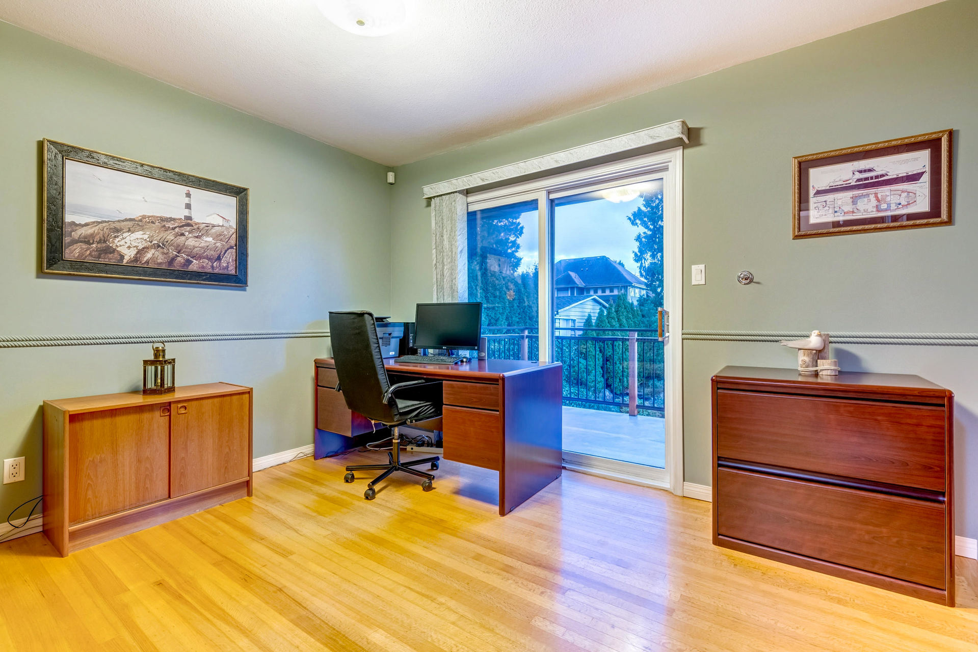 office at 630 Sydney Avenue, Coquitlam West, Coquitlam
