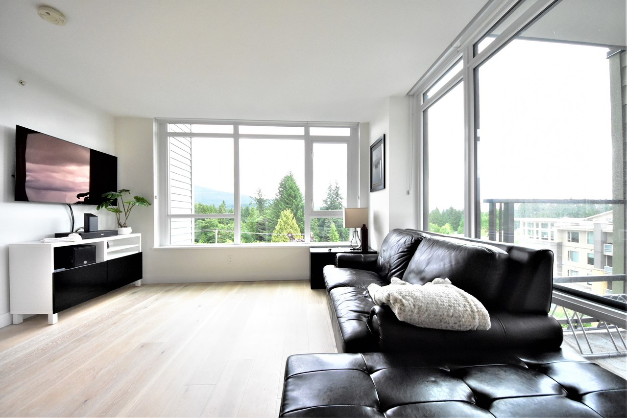 living1 at 419 - 2738 Library Lane, Lynn Valley, North Vancouver