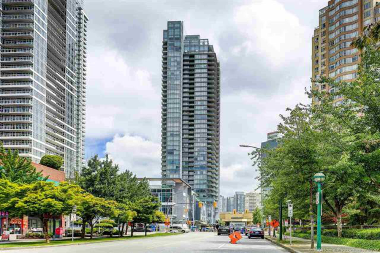 262490655 at 6098 Station Street, Metrotown, Burnaby South