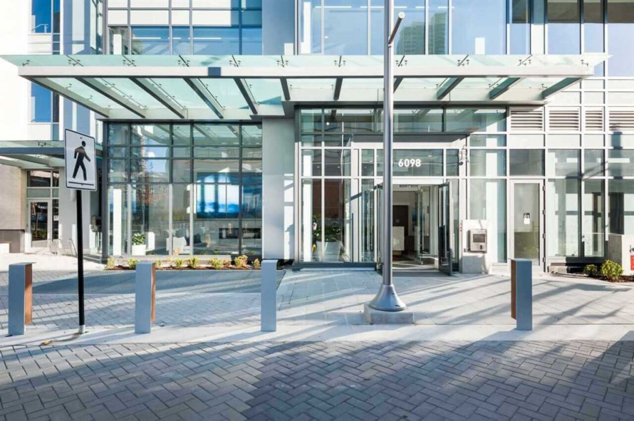 entrance at 4102 - 6098 Station Street, Metrotown, Burnaby South