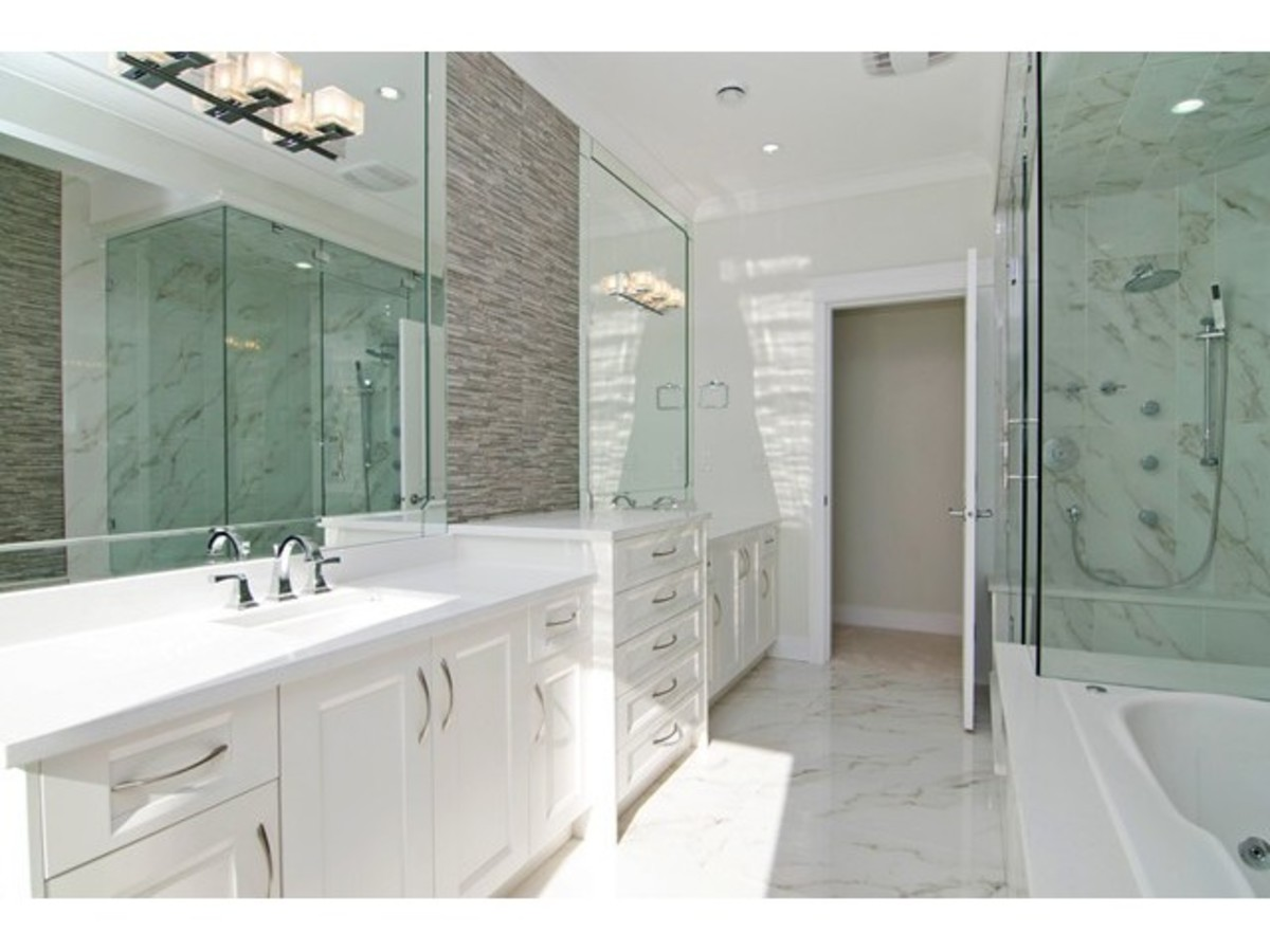 image-261703837-13.jpg at 467 Glenholme Street, Central Coquitlam, Coquitlam