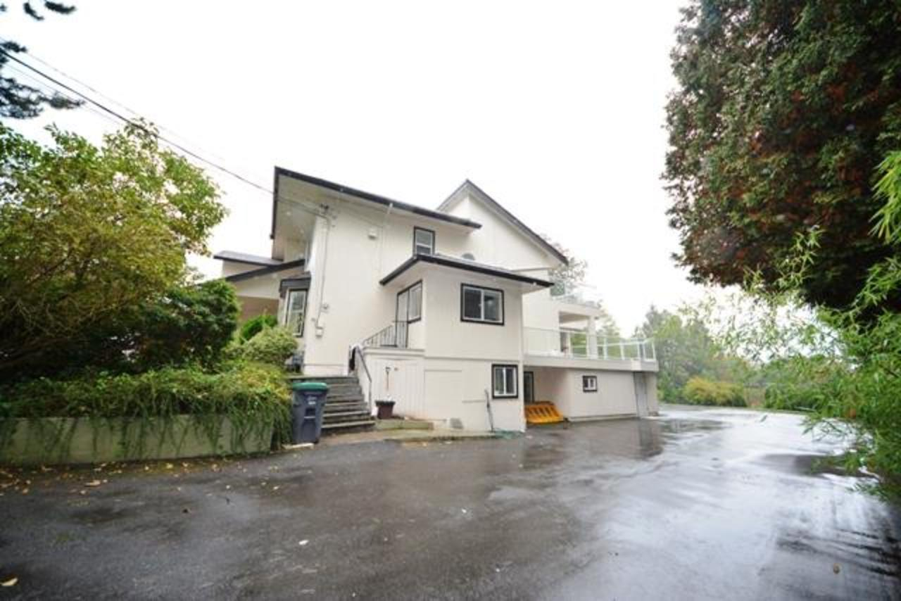sside at 15685 112th Avenue,