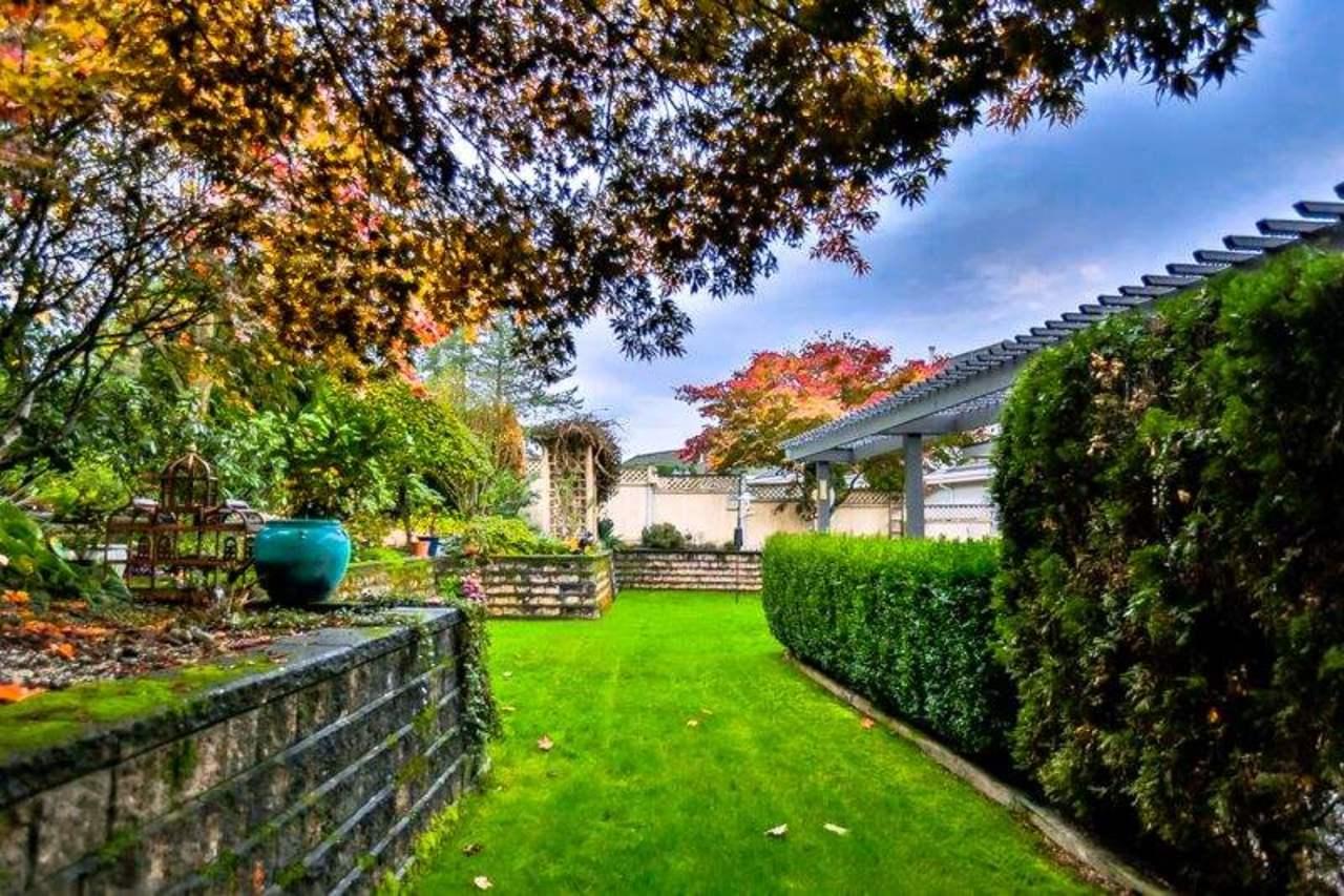 image-262030981-17.jpg at 9905 181 Street, Fraser Heights, North Surrey