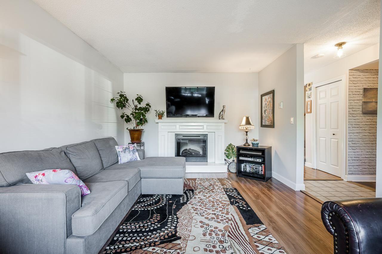 6046-194a-street-cloverdale-bc-cloverdale-06 at 6046 194a Street, Cloverdale BC, Cloverdale