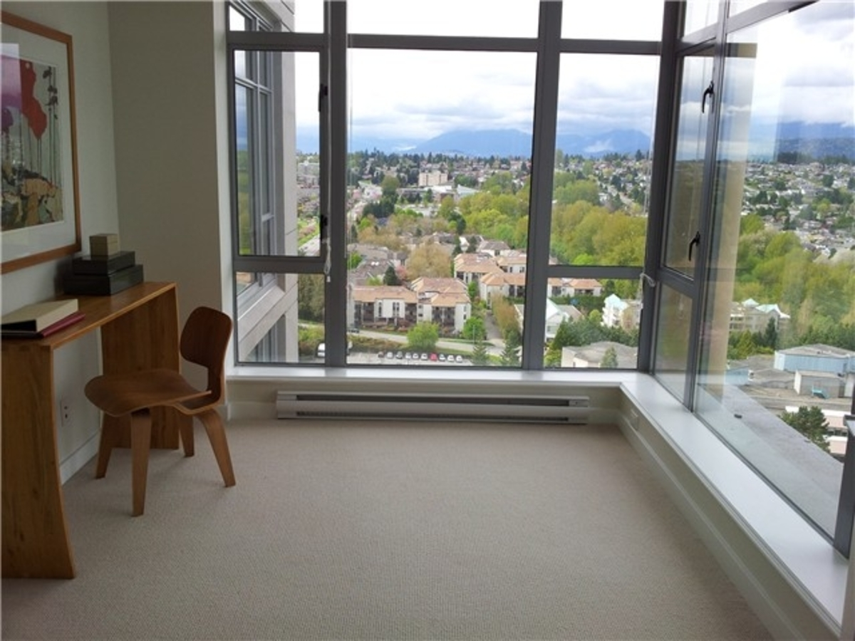 v8.jpg at 2601 - 280 Ross Drive, Victoria Hill, New Westminster