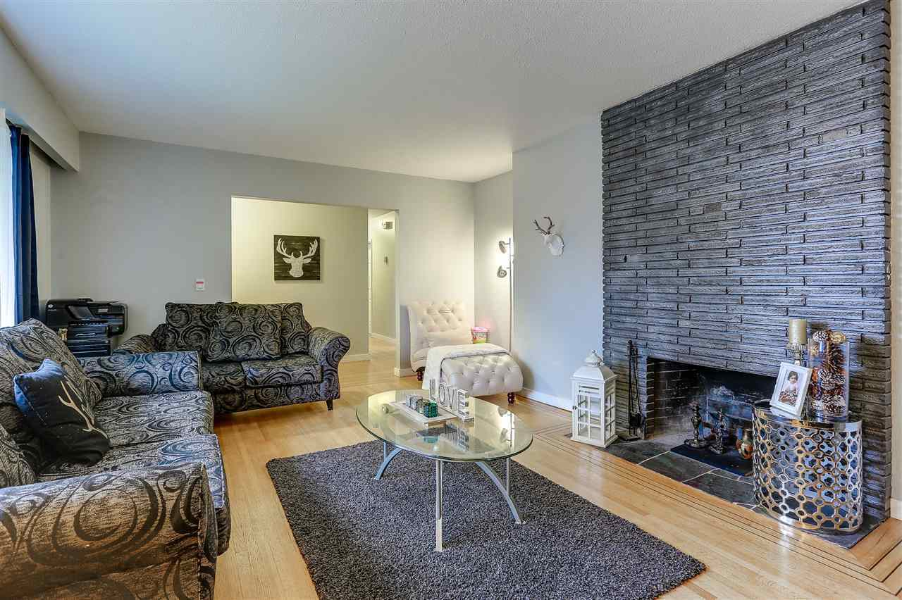 3 at 1756 Scarborough Crescent, Mary Hill, Port Coquitlam