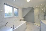 773-ensuite at 773 Lonsdale Road, Manor Park, Ottawa